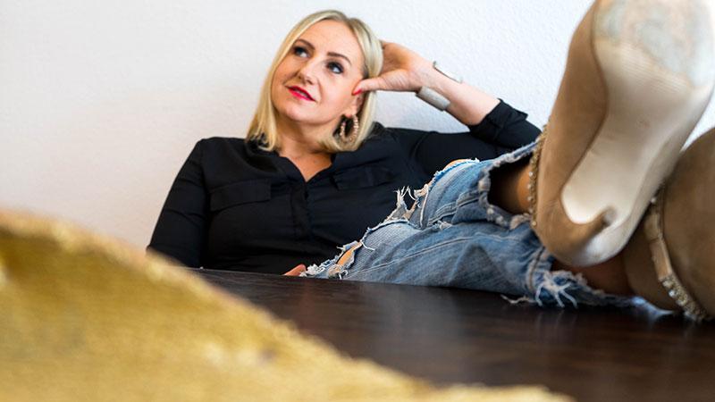 Kaja - Katharina Janowska - Geld Flow